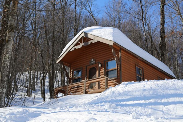 Morin_Heights_par_Isabelle_Vallee_chalet_ext1