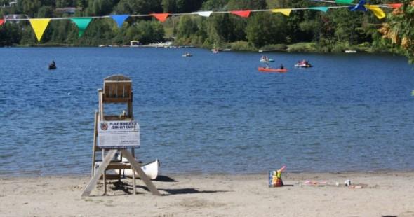 Sainte-Adèle / plage Jean-Guy-Caron (lac Rond)