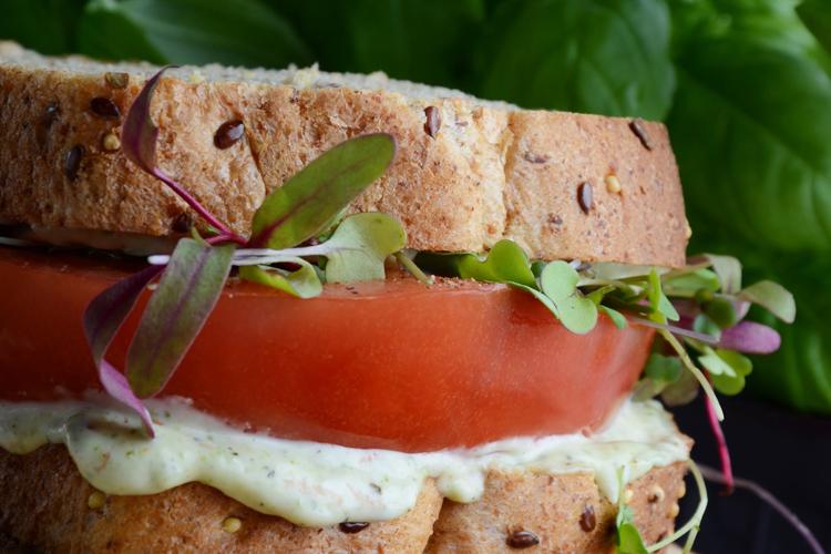 sandwich_a_la_tomate_grosplan