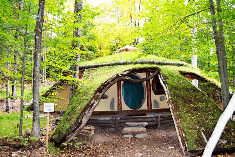 toits_du_monde_maison_hobbit