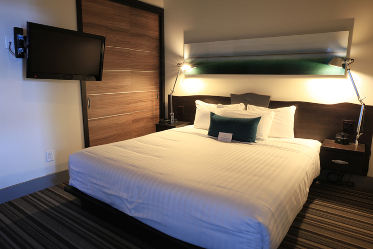exp rience en amoureux l est rel resort dans les laurentides. Black Bedroom Furniture Sets. Home Design Ideas
